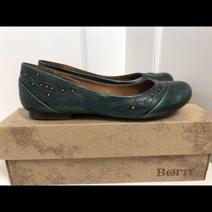 NIB Born Green Leather Flats with Brass 9.5